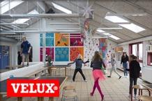 Velux - Ez�rt �s�toznak a gyerekek az iskolapadban