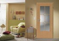 Díszrácsos ajtók mély üvegkivágással